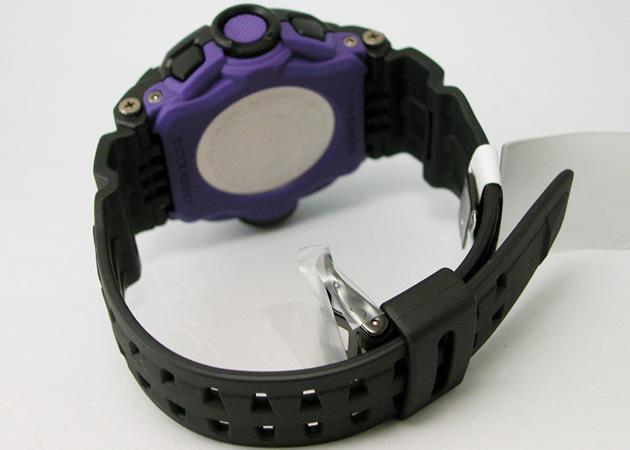 Gショック Men in Dark Purpleライズマン