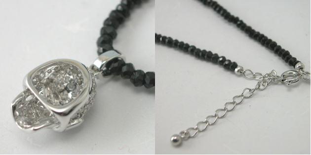 K18WGダイヤスカルペンダントネックレス